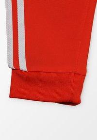 adidas Originals - SUPERSTAR SUIT SET - Træningssæt - action orange/white - 5