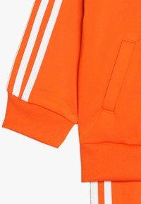 adidas Originals - SUPERSTAR SUIT SET - Survêtement - orange/white - 3