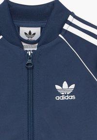 adidas Originals - SUPERSTAR SET - Huvtröja med dragkedja - dark blue, white - 4