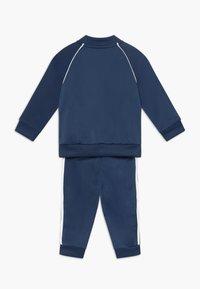 adidas Originals - SUPERSTAR SET - Huvtröja med dragkedja - dark blue, white - 1