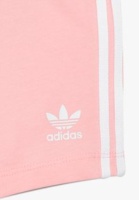adidas Originals - TEE SET - Shorts - white/light pink - 3