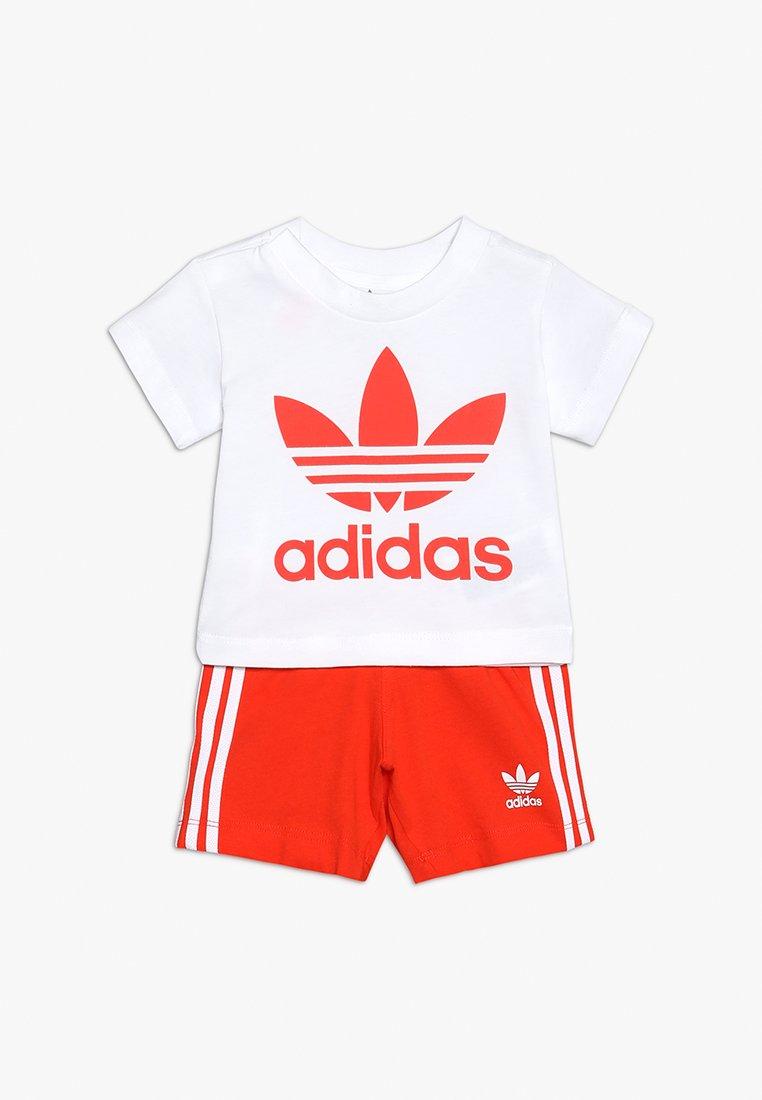 adidas Originals - TEE SET - Shorts - white/actora