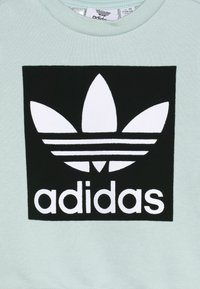 adidas Originals - CREW SET - Chándal - light green - 4
