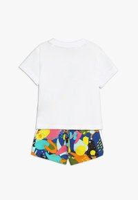 adidas Originals - SHORT SET - Pantalon classique - white/multicolor - 1