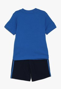 adidas Originals - SHORT TEE SET - Shorts - blue/collegiate navy/white - 1