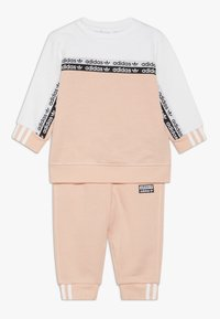 adidas Originals - CREW SET - Sweatshirt - glow pink/white - 0