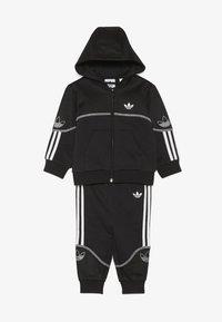 adidas Originals - OUTLINE FZ HOOD - Sudadera con cremallera - black/white - 3