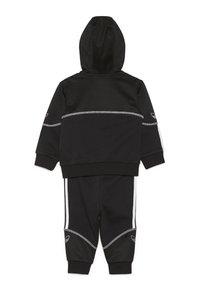 adidas Originals - OUTLINE FZ HOOD - Sudadera con cremallera - black/white - 1