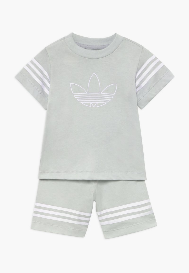 adidas Originals - OUTLINE SET - Szorty - light grey