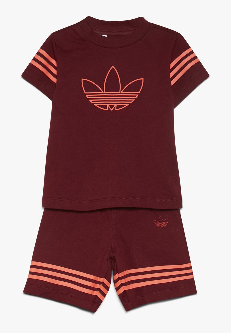 adidas Originals - OUTLINE SET - Shorts - burgundy