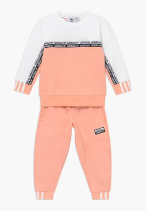 CREW SET - Trainingspak - pink/white
