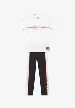 TEE SET - Leggings - Trousers - white