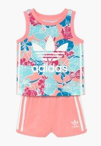 adidas Originals - TANK SET - Pantalones - pink - 0