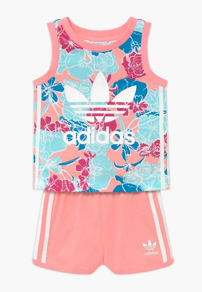 adidas Originals - TANK SET - Pantalones - pink