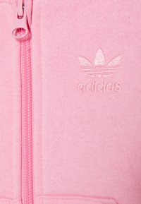 adidas Originals - TREFOILHOOD SET - Zip-up hoodie - light pink - 3