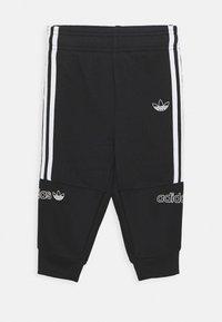 adidas Originals - HOODIE SET - Sudadera con cremallera - bluspi/white/black - 2