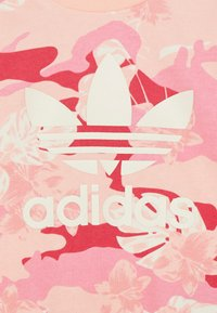 adidas Originals - CREW SET - Sweatshirt - light pink - 3