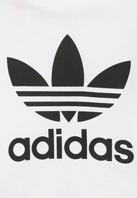 adidas Originals - TREFOIL TEE - T-shirt print - white/black - 2