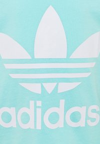 adidas Originals - TREFOIL TEE - Camiseta estampada - clear aqua/white - 2