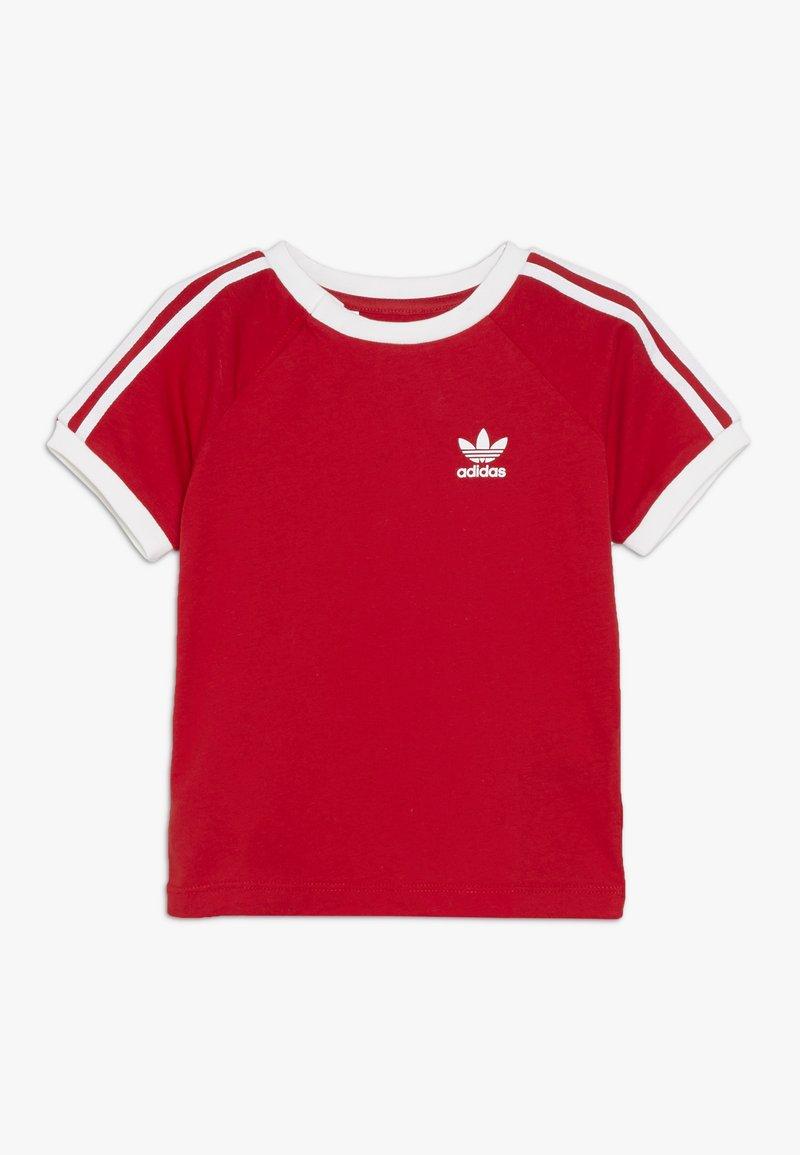adidas Originals - STRIPES TEE - T-shirt med print - scarlet/white
