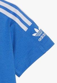 adidas Originals - NEW ICON TEE - T-shirt print - blue/white - 2