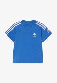 adidas Originals - NEW ICON TEE - T-shirt imprimé - blue/white - 3