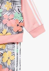 adidas Originals - SET - veste en sweat zippée - glow pink/multicolor - 6