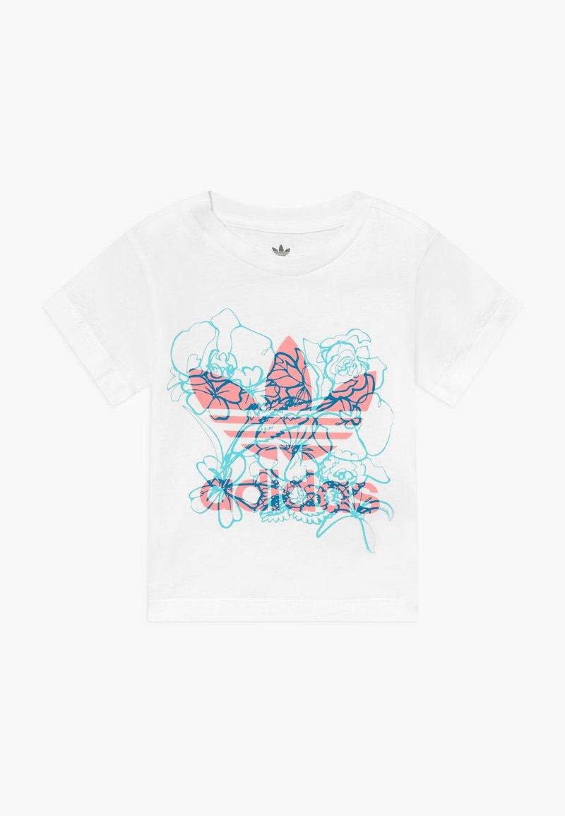 adidas Originals - TEE - Print T-shirt - white
