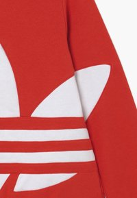 adidas Originals - TREFOIL CREW - Sweatshirt - red - 3