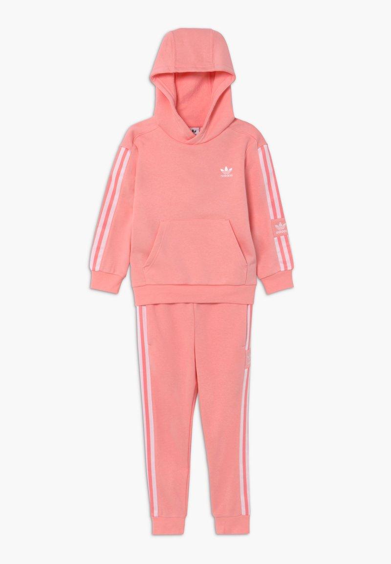 adidas Originals - LOCK UP HOODIE SET - Tracksuit - pink/white