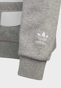 adidas Originals - BIG TREFOIL HOODIE - Hoodie - grey - 3
