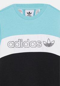 adidas Originals - CREW - Sweatshirt - blue/white/black - 2