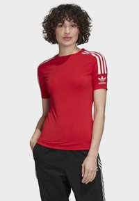 adidas Originals - TIGHT T-SHIRT - Printtipaita - red - 0