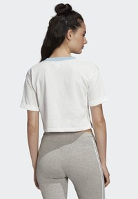 adidas Originals - CROP TOP - Printtipaita - white - 1
