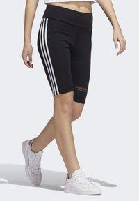 adidas Originals - PRIDE BIKE SHORTS - Legging - black - 3