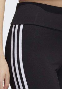 adidas Originals - PRIDE BIKE SHORTS - Legging - black - 5