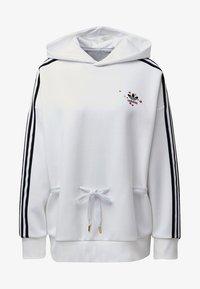 adidas Originals - HOODIE - Bluza - white - 7