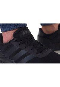 adidas Originals - Sports shoes - schwarz - 4