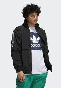 adidas Originals - STANDARD 20 JACKET - Korte jassen - black - 3