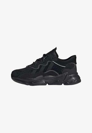 OZWEEGO SHOES - Sneakers laag - black