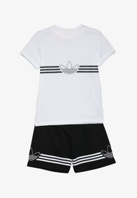 adidas Originals - OUTLINE TEE AND SHORTS SET - Sportovní kraťasy - white - 4