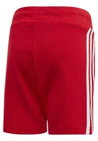 adidas Originals - TREFOIL SHORTS TEE SET - Shorts - red/white - 3