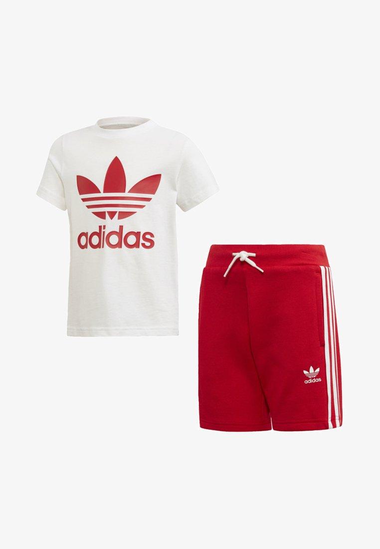 adidas Originals - TREFOIL SHORTS TEE SET - Shorts - red/white