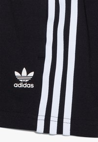 adidas Originals - TREFOIL SHORTS TEE SET - Short - black/white - 5