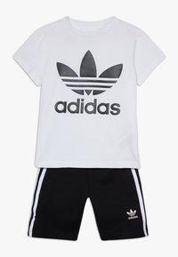 adidas Originals - TREFOIL SHORTS TEE SET - Kraťasy - black/white - 0