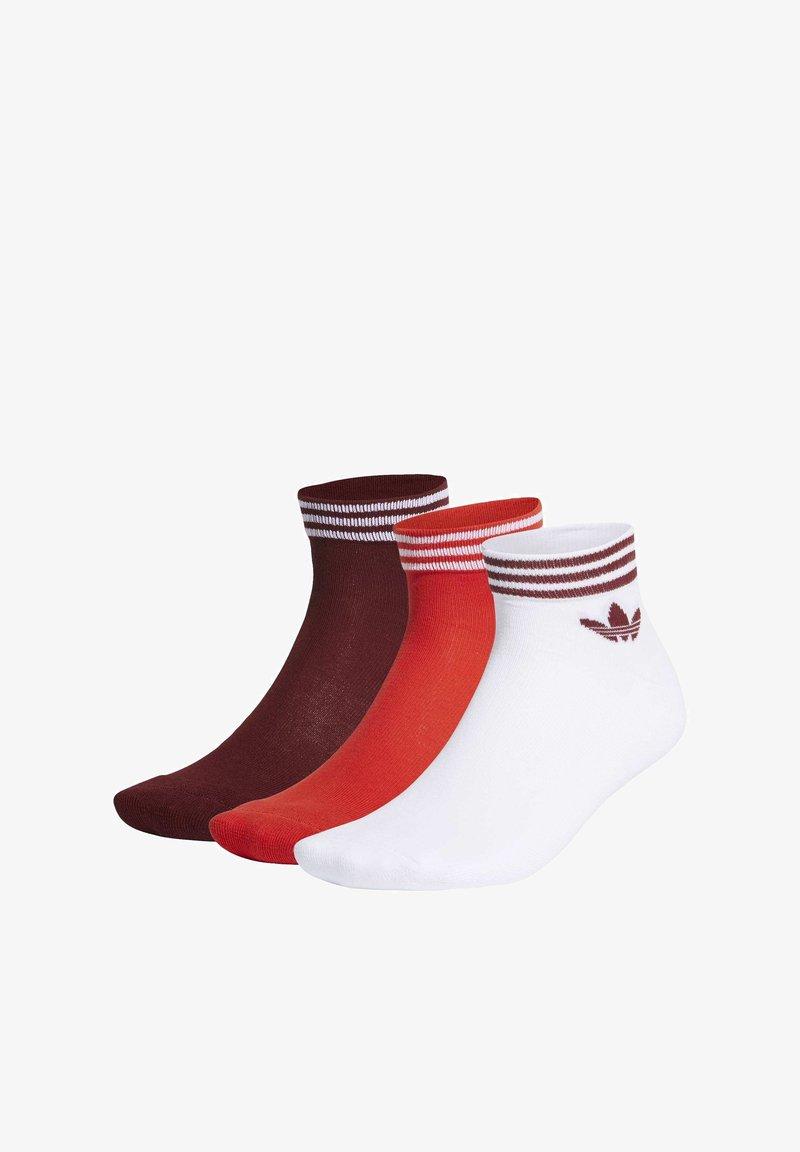 adidas Originals - TREFOIL ANKLE SOCKS 3 PAIRS - Sportsokken - white