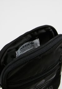 adidas Originals - FESTIVAL BAG - Axelremsväska - black - 4