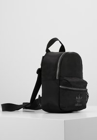 adidas Originals - MINI - Tagesrucksack - black