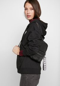 adidas Originals - MINI - Tagesrucksack - black - 1