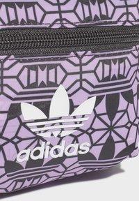 adidas Originals - MINI GRAPHIC BACKPACK - Reppu - purple - 5